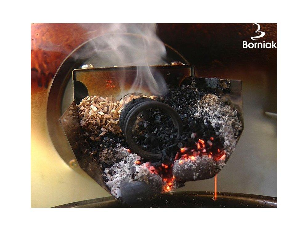 Zapalony generator dymu